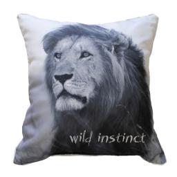 coussin passepoil 40 x 40 cm polyester imprime lion des. place
