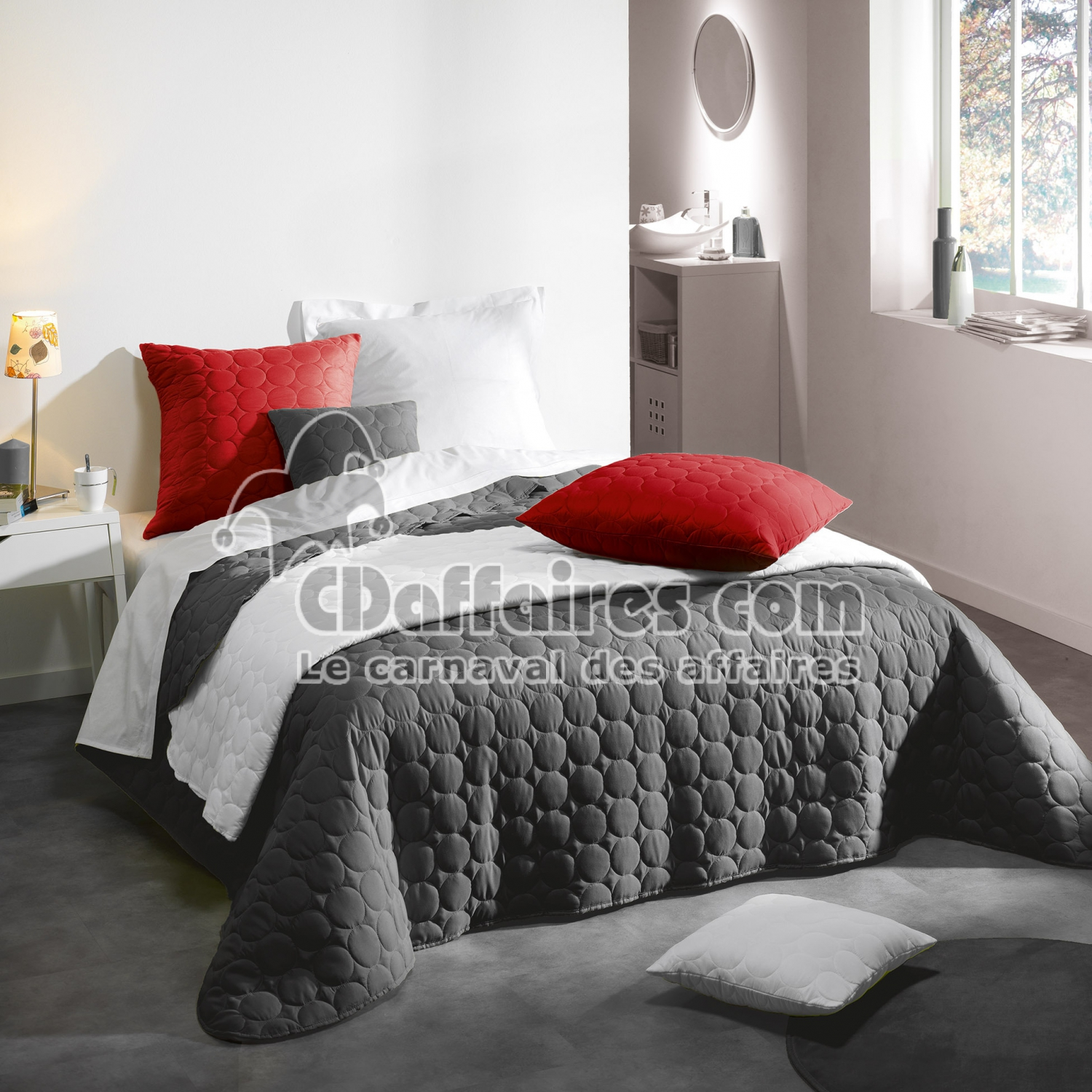 couvre lit 2 pers matelasse 220 x 240 cm microfibre unie candy anthracite cdaffaires. Black Bedroom Furniture Sets. Home Design Ideas