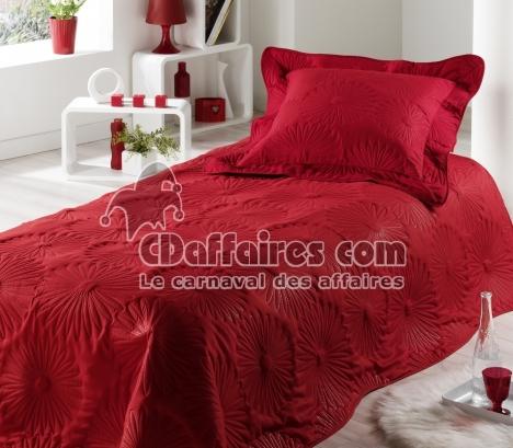 couvre lit rouge achat avec kibodio. Black Bedroom Furniture Sets. Home Design Ideas