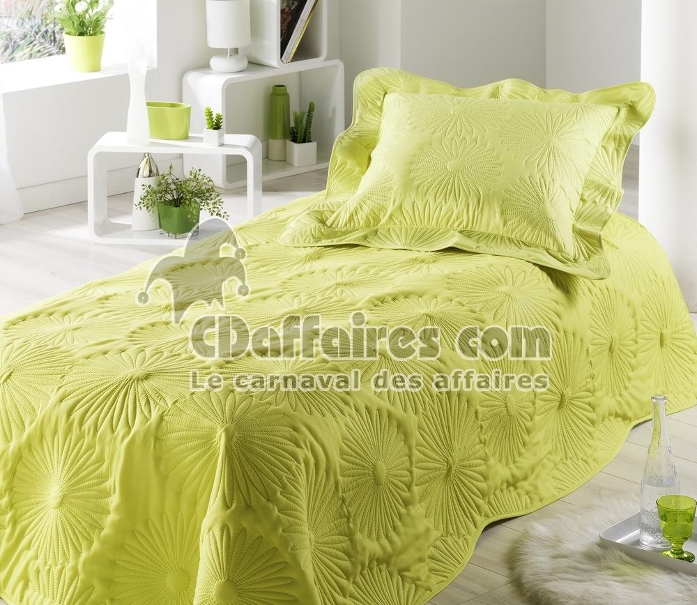 couvre lit boutis 150x230 cm neptune vert anis. Black Bedroom Furniture Sets. Home Design Ideas