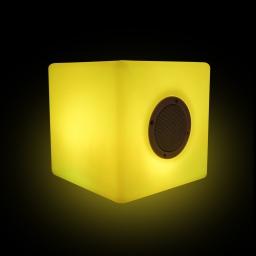 enceinte usb cube pe 12 led multicolore avec haut-parleur 20cm