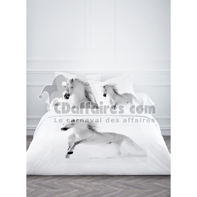 Housse de couette 220x240 cm 2 taies d 39 oreiller 100 coton for Housse couette cheval