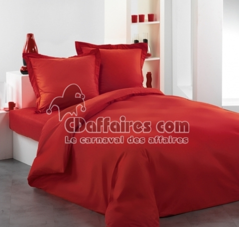 housse de couette 220x240 cm uni rouge cdaffaires. Black Bedroom Furniture Sets. Home Design Ideas