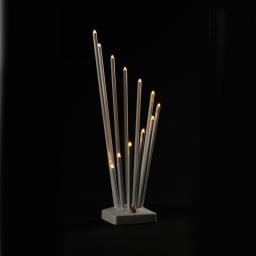 ip20/4,5v-candelabre 11led-base blanche+led blanc chaud-14xh30cm