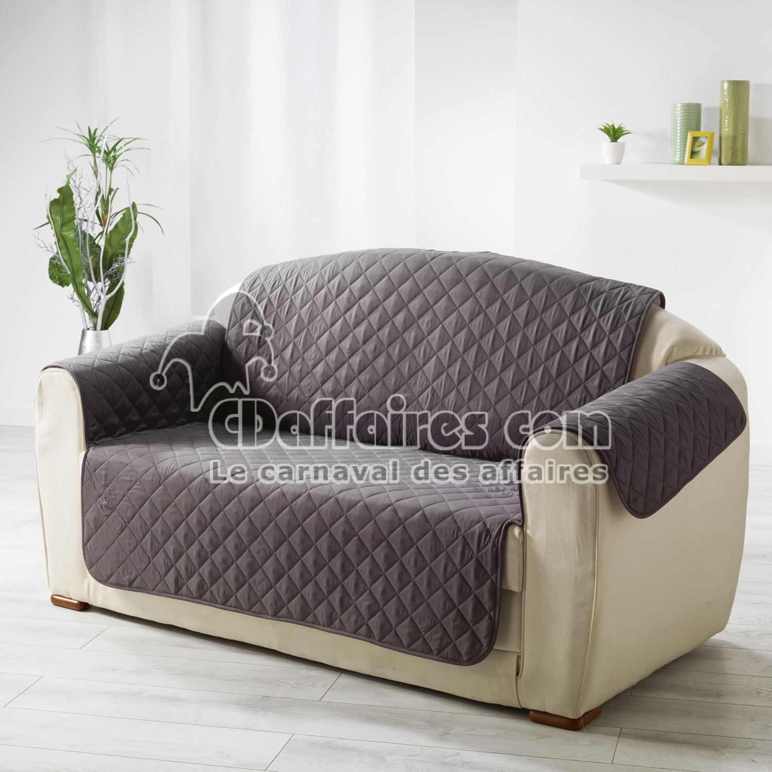 protege canape matelasse 223 x 179 cm microfibre unie club anthracite cdaffaires. Black Bedroom Furniture Sets. Home Design Ideas
